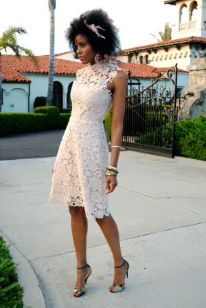 50s-style-high-neck-lace-dress