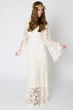 bell-sleeve-lace-maxi-dress-sleeves-detail-view