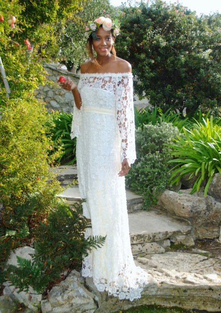 front-image-full-length-7s-style-free-spirited-bohemian-wedding-dress