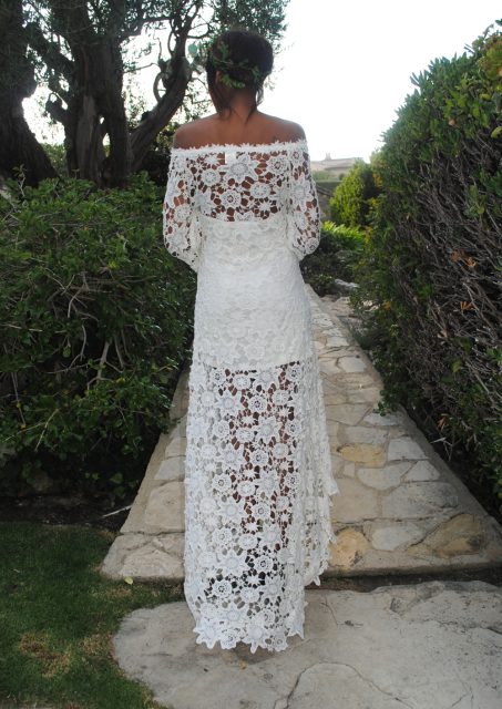 bohemia-wedding-dress-with-off-the-shoulder-neckline-and-shorter-at-front-and-longer-at-back