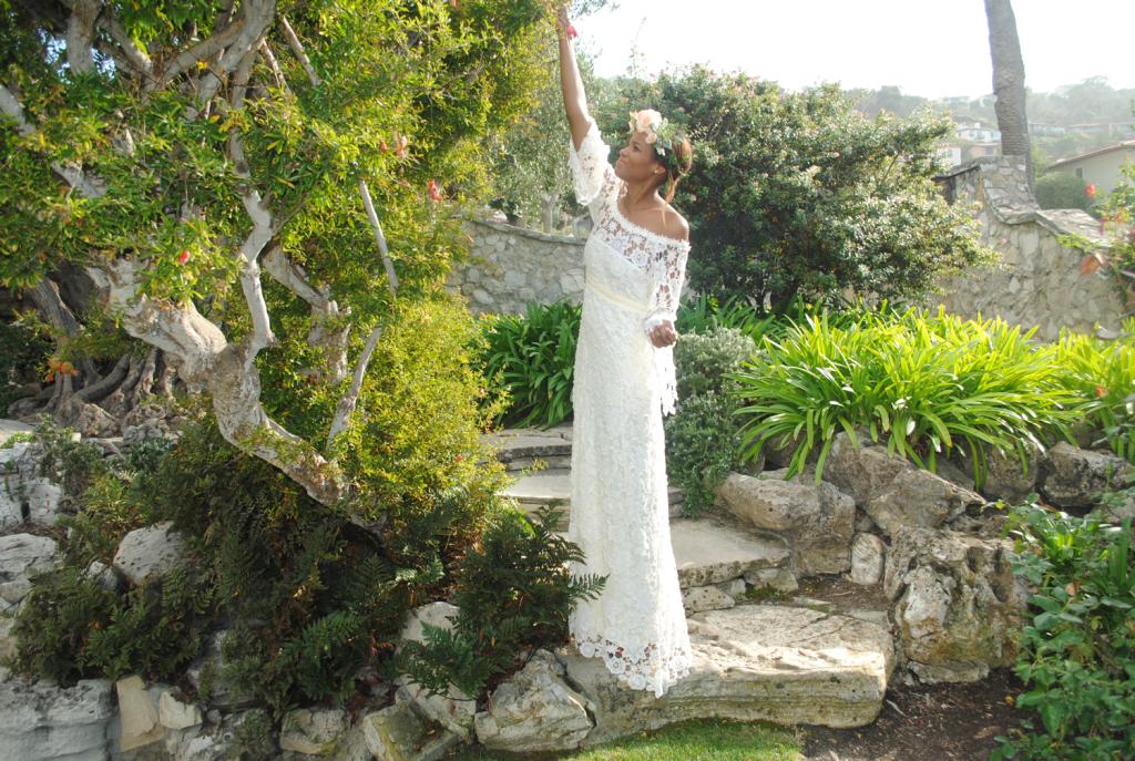 Off-shoulder-bohemian-crochet-lace-wedding-dress