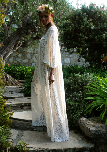 hippie-dress-angel-sleeve-caftan-lace-and-crochet