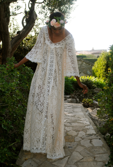 lace-hippie-dress-in-non-traditional-wedding-dresses