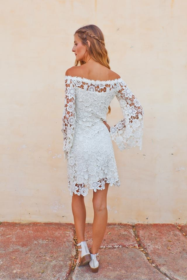 back-full-length-view-novia-boho-lace-dress-in-bohemian-wedding-dresses