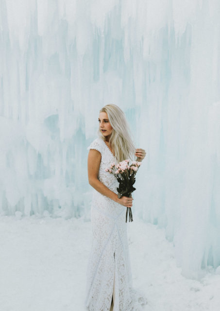 dreamy-boho-lace-wedding-dress-simple-stunning