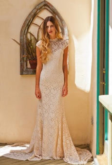 agnes-simple-lace-wedding-dress-with-cap-sleeve