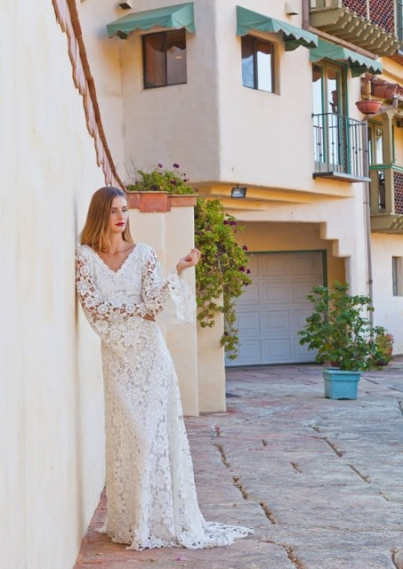 boho-lace-wedding-dress-open-back-and-long-bell-sleeve