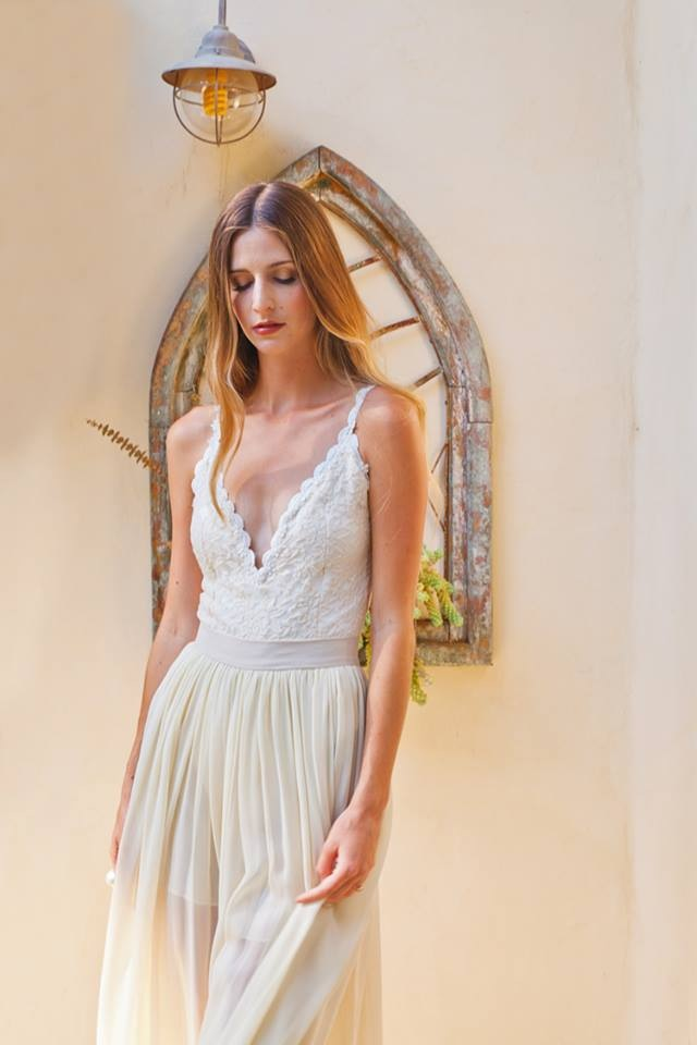 ivory-lace-and-chiffon-2-piece-boho-wedding-dress