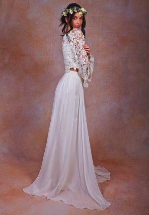 casual-beach-wedding-dress-for-the-boho-bride