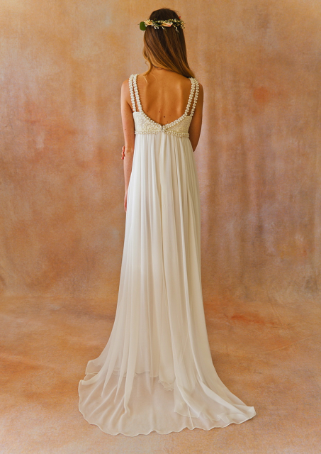 romantic-silk-chiffon-floaty-;ace-chiffon-boho-wedding-gown