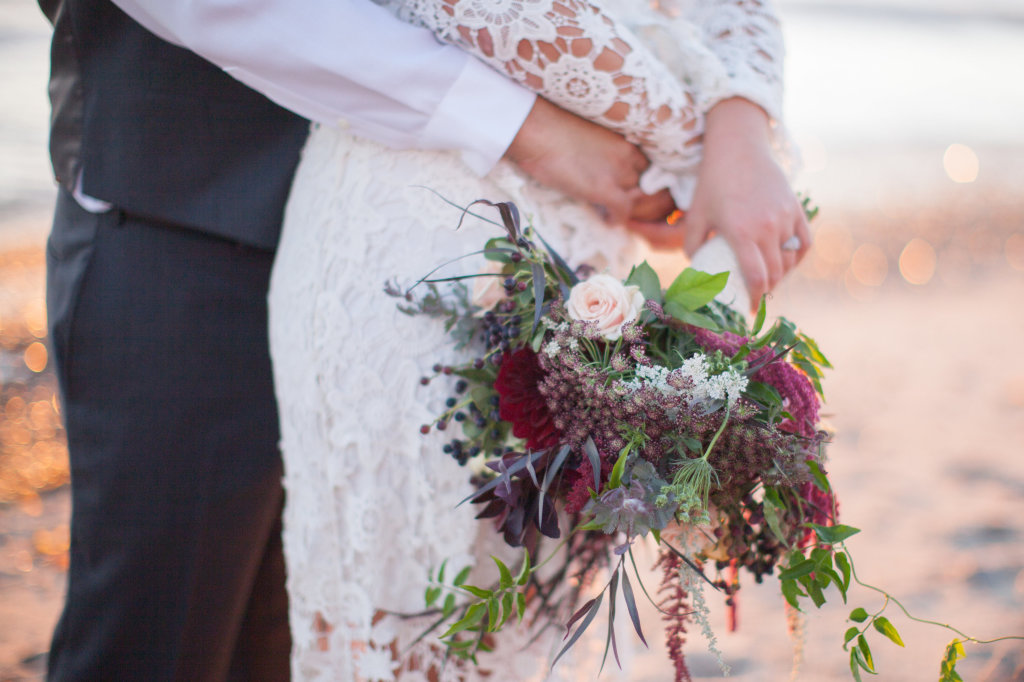 bohemian-wedding-flowers-bouquet-Taylor-and-Eric-wedding