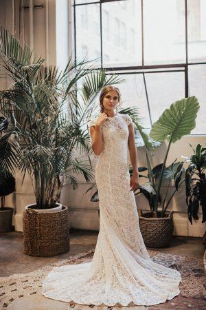 Alice-illusion-simple-lace-wedding-dress