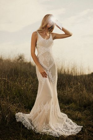 dreamers-and-lovers-backless-ivory-lace-dress-with-contrast nude-liner-for-the-boho-brides