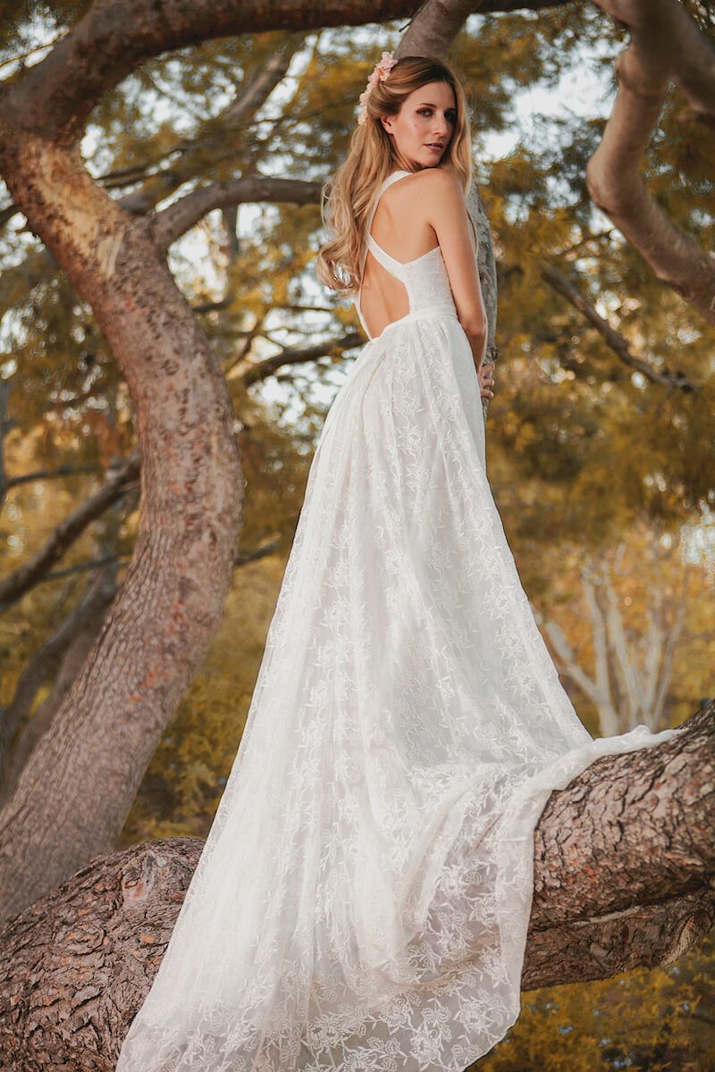 Romantic backless silk wedding dress dreamers and lovers for Romantic bohemian wedding dresses
