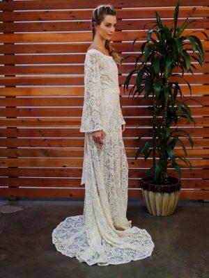 sydnie-bell-sleeve-hippie-wedding-dress