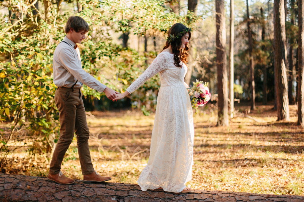 rustic-texas-wedding-bride-wears-dreamers-and-lovers-catherine-simple-and-elegant-wedding-dress