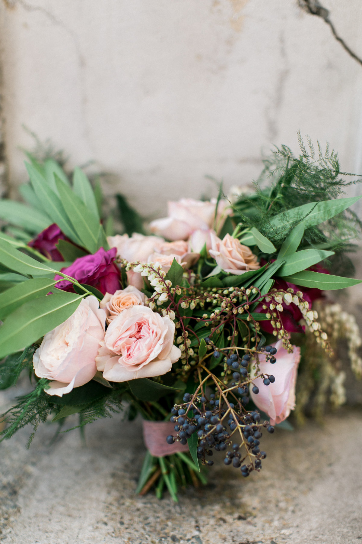 romantic-florals-from-seaside-wedding-inspiration-palos-verdes-california