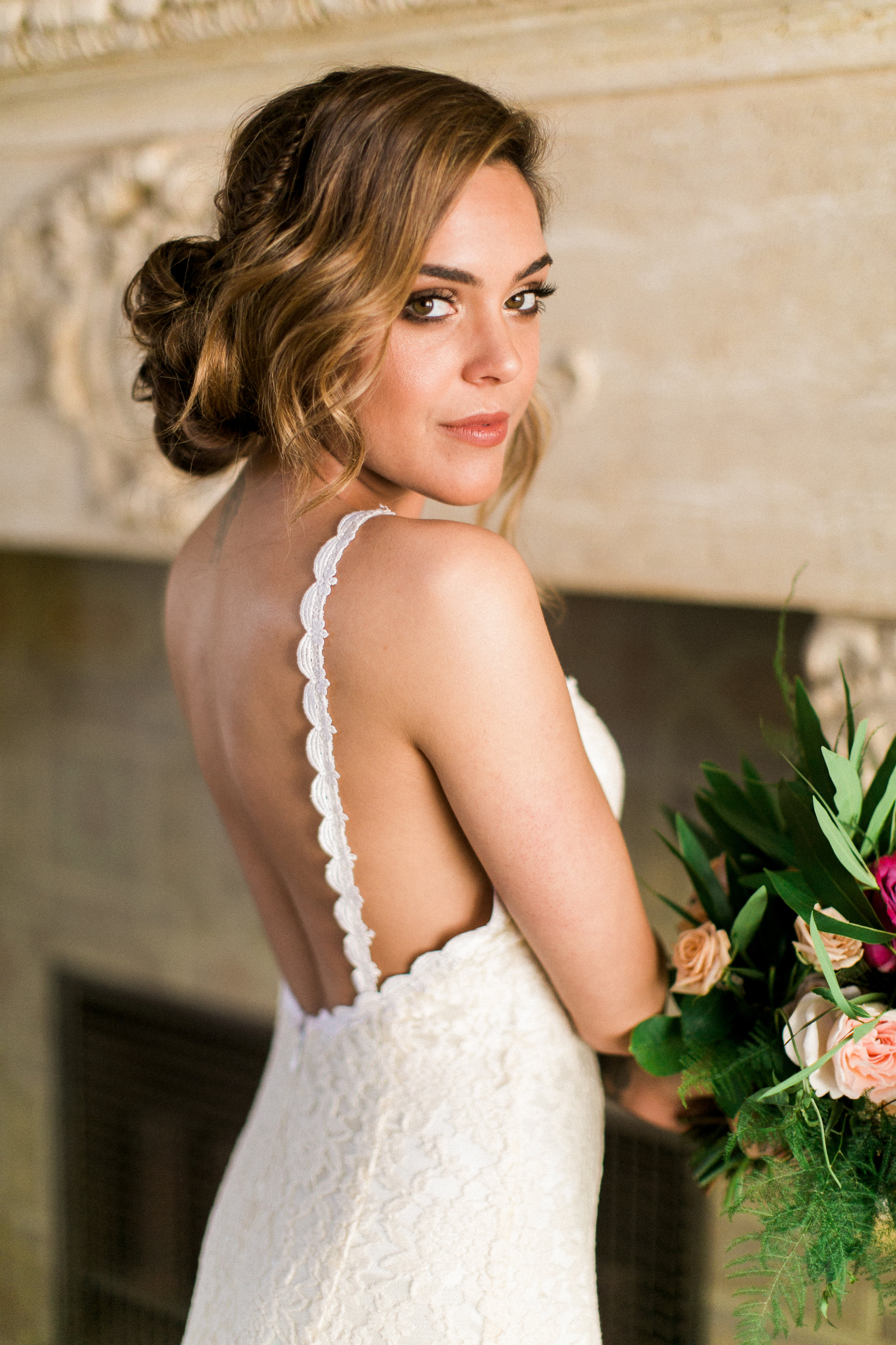 romantic-backless-wedding-dresses-simple-and-gorgeous-all-lace-gowns