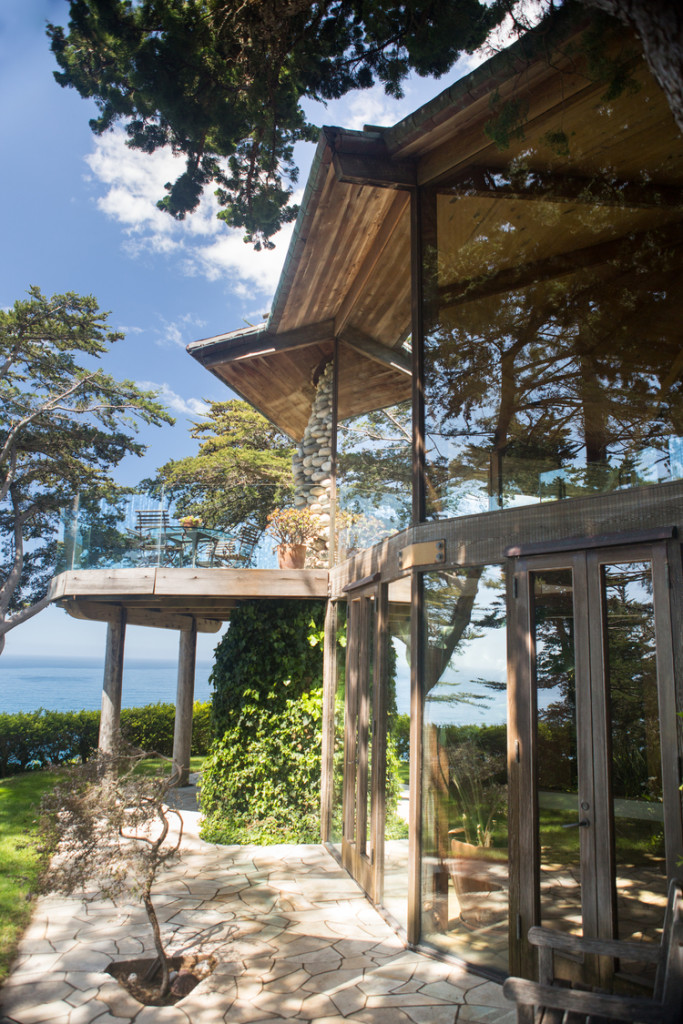 gorgeous-private-wedding-venue-in-Big-Sur-California-overlooking-the-coast