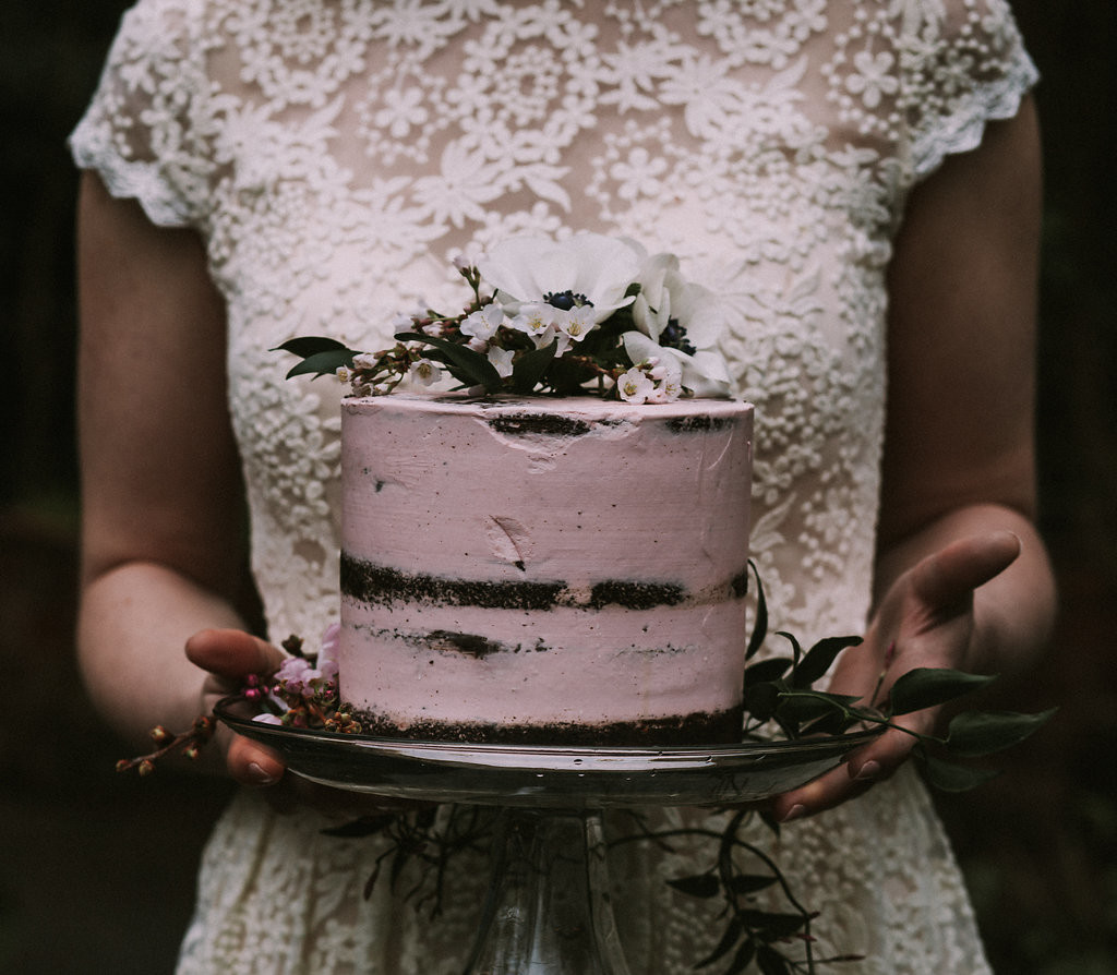 pink-naked-cake-photographed-by-sam-landreth-for-a-simple-and-bohemian-wedding-inspiration-shoot