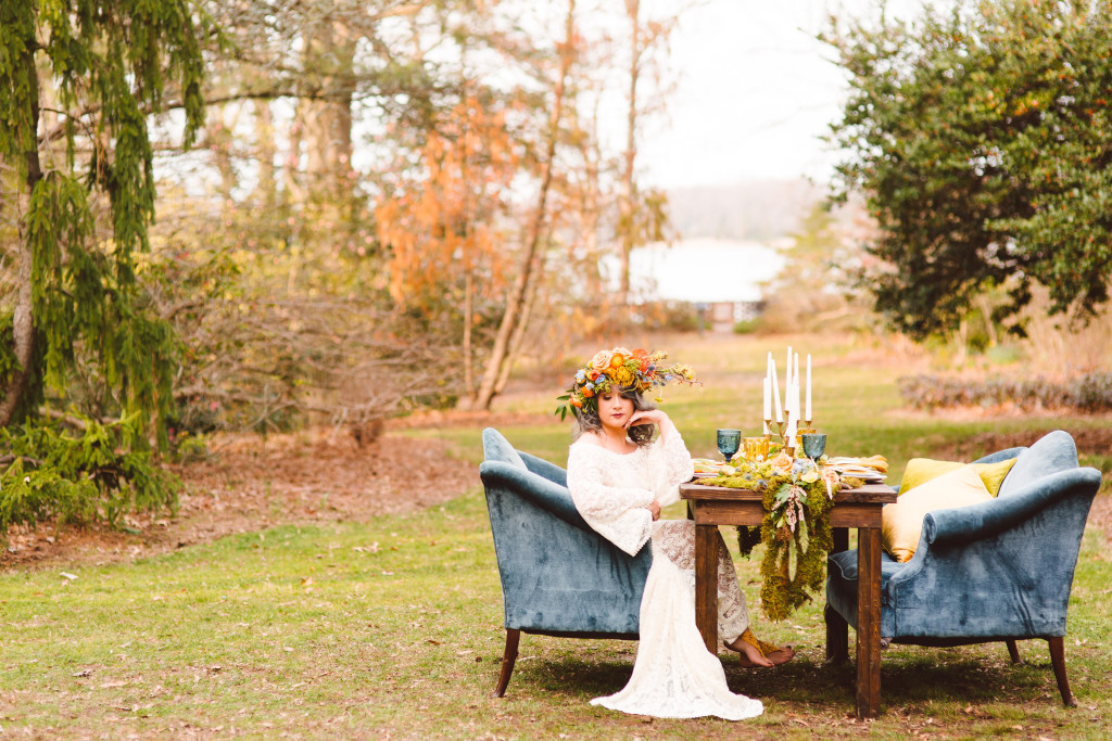 free-spirited-boho-bride-featured-in-this-inspiration-wedding-shoot-in-the-middle-of-a-field