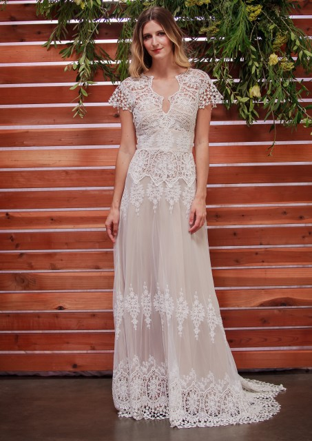 dreamers-and-lovers-azalea-lace-bohemian-wedding-dress-for-the-laidback-bride
