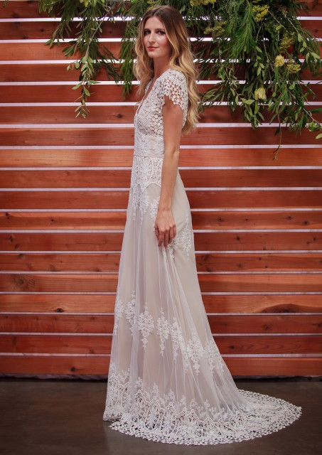 dreamers-and-lovers-azalea-lace-bohemian-wedding-dress-cotton-lace-with-silk-liner