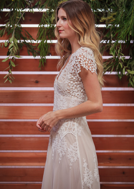 side-view-azalea-lace-boho-wedding-dress-made-to-measure-in-LA