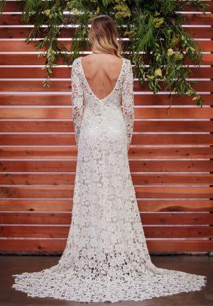 backless-lace-boho-wedding-dress-with-sweetheart-neckline