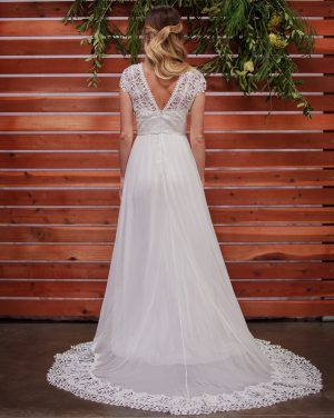 back-view-daisy-backless-dreamy-silk-chiffon-with-cotton-lace-bohemian-simple-wedding-dress