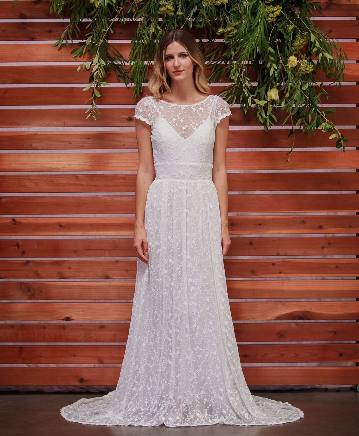 romantic-delicate-embroidered-lace-bohemian-wedding-dress