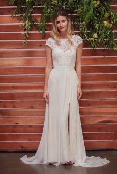 Natalie-silk-and-lace-bohemian-wedding-dress-with-front-slit-belted-waist
