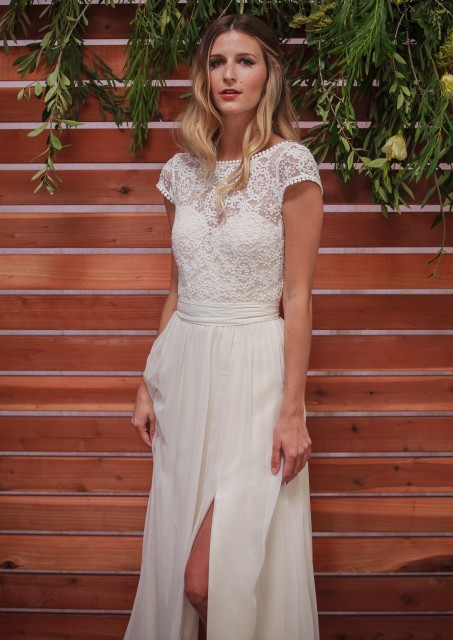 natalie-bohemian-wedding-dress-in-silk-with-lace-bodice