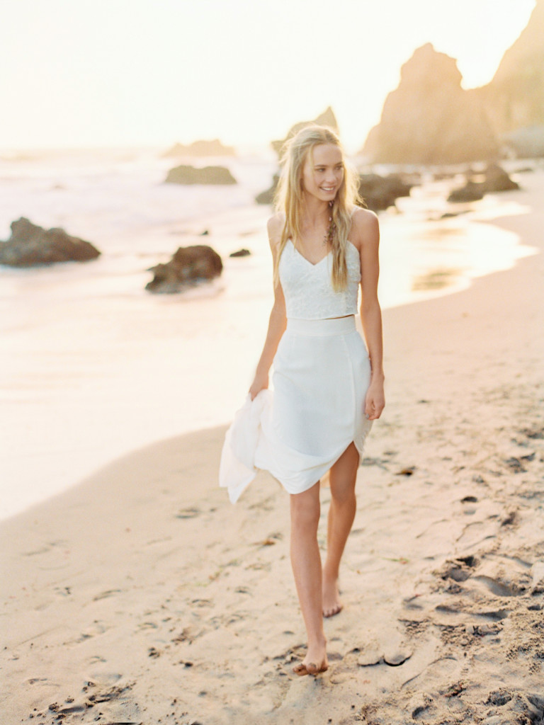 dreamy-silk-two-piece-wedding-dress-perfect-for-a-simple-beach-ceremony