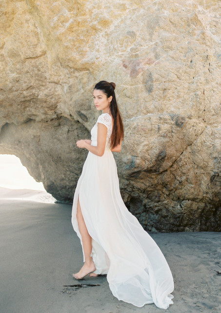 natalie-silk-and-lace-backless-dreamy-bohemian-wedding-dress