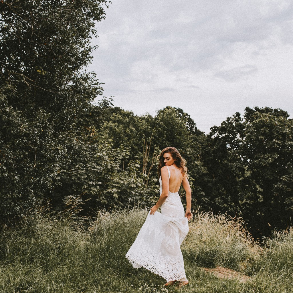 cecelia-backless-boho-wedding-dress-handmade-in-Calfornia