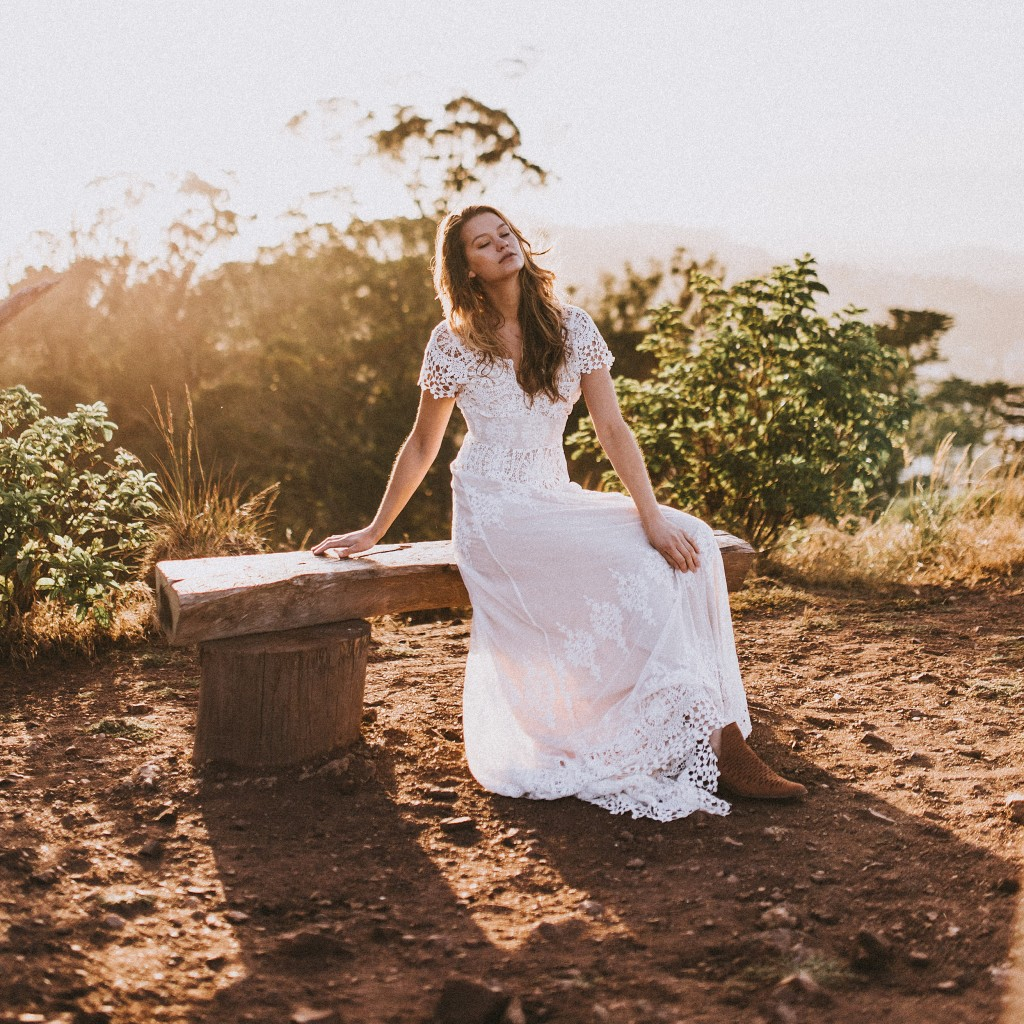 azalea-bohemian-wedding-dress-from-the-latest-still-life-moving-editorial