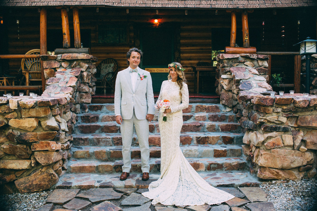nick-and-amy-rustic-wedding-at-big-bear-lodge