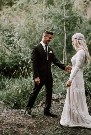 Custom made bohemian wedding dresses dreamers and lovers modest lisa wedding dress junglespirit Image collections