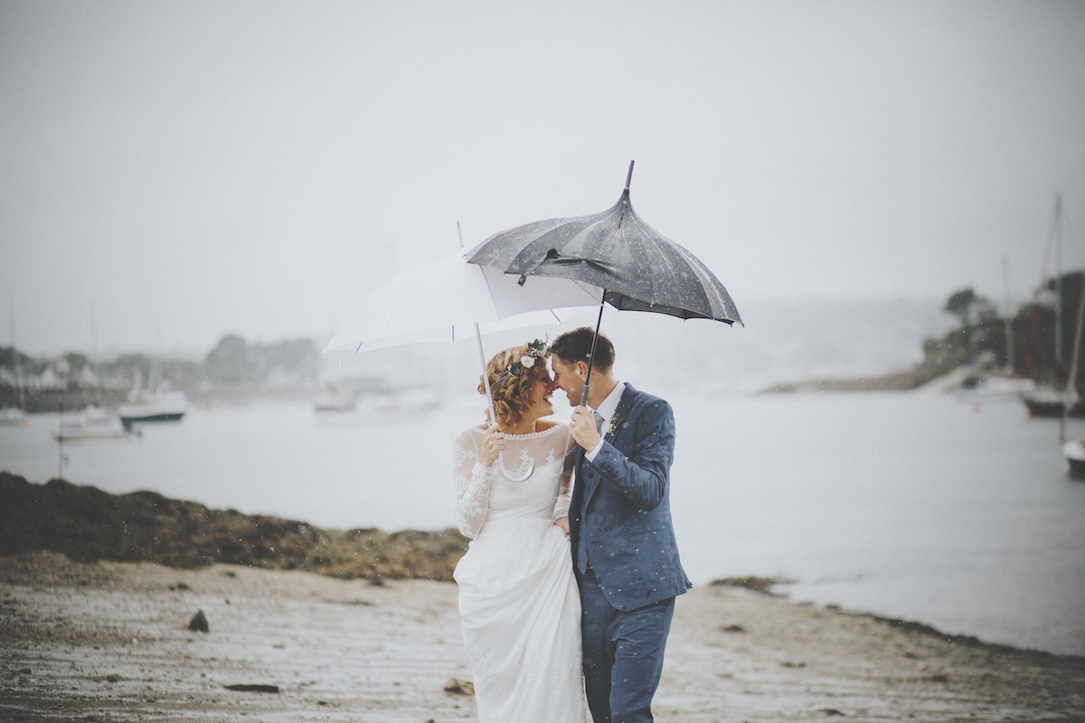 Julie-and-Andrew-good-luck-wedding-in-the-rain-inspiration-for-the-simple-non-traditional-bride