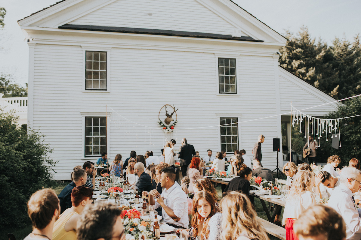wedding-guests-having-fun-at-this-hipster-cool-boho-wedding-in-Oregon