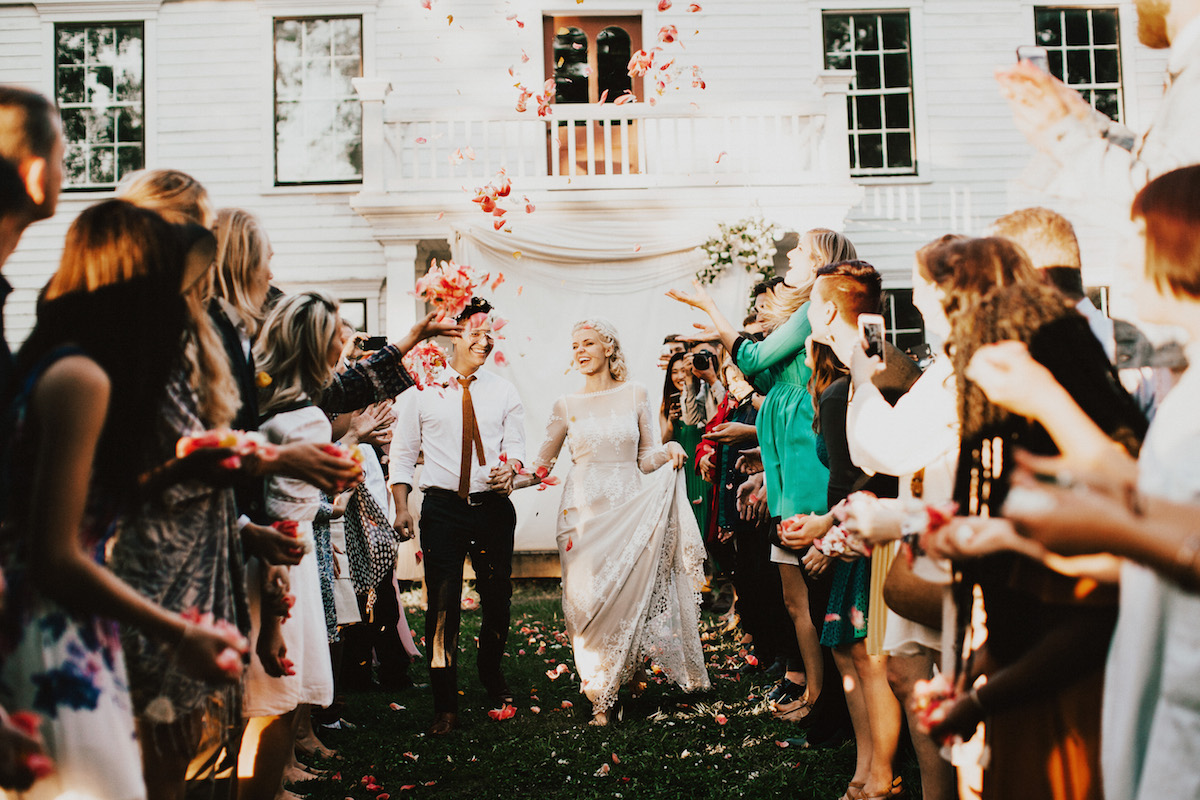 throwing-confetti-at-this-hipster-wedding-in-portland-oregon