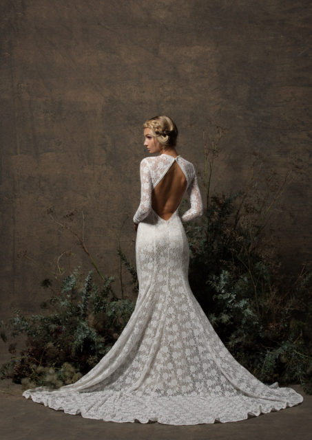 dreamers-and-lovers-long-sleeves-backless-stretch-lace-simple-elegant-kristen-wedding-dress