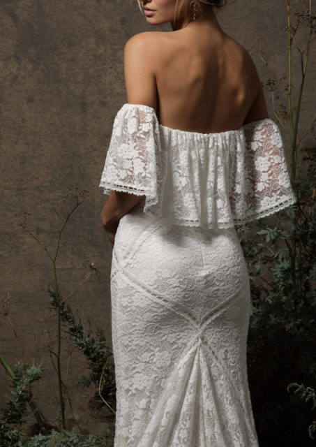delicate-stretch-lace-off-shoulder-boho-wedding-dress