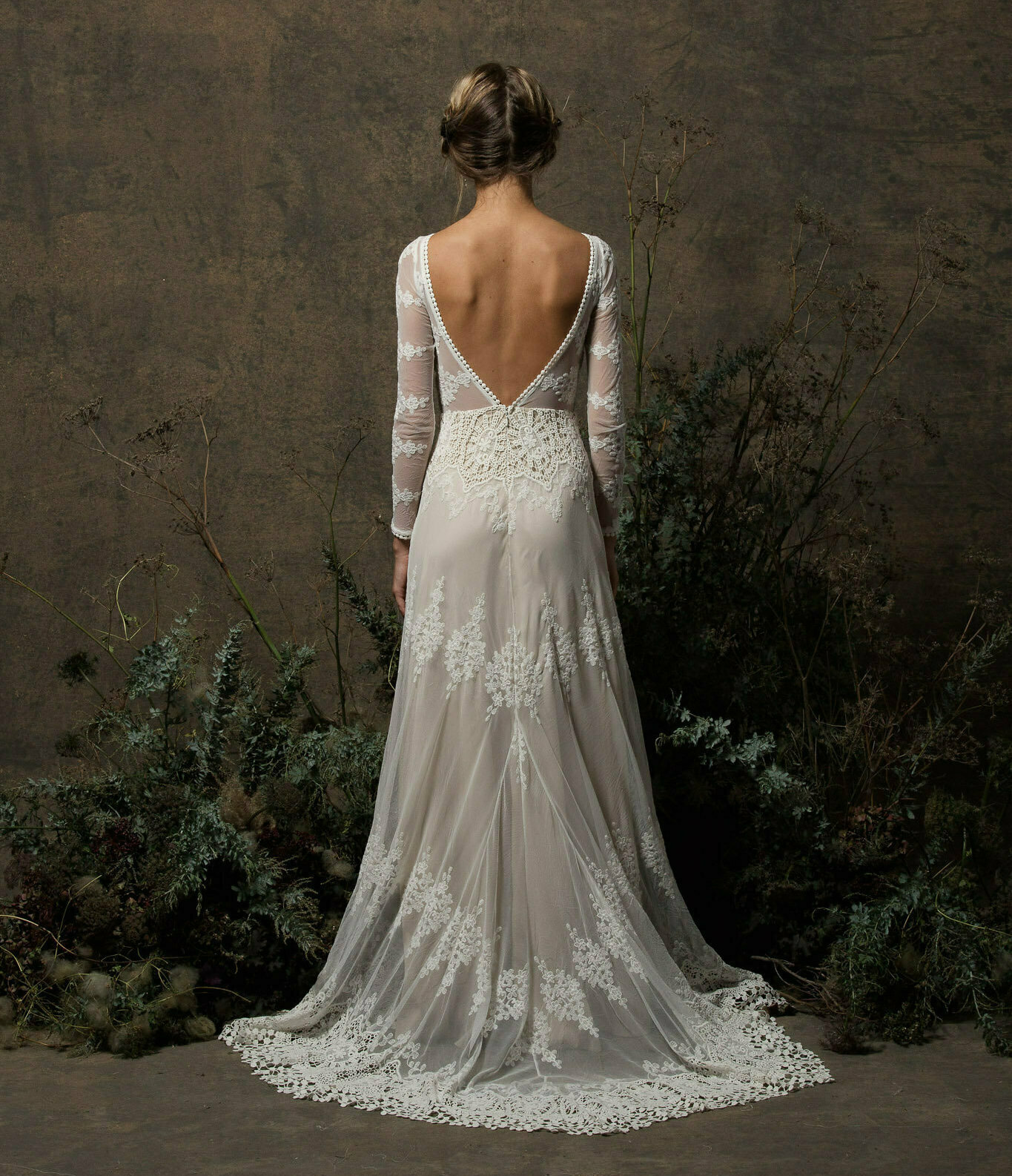 dreamers-and-lovers-aurora-long-sleeves-boho-wedding-dress-with-open-back