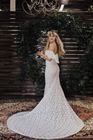 Lizzy-stretch-lace-wedding-dress-fitted-silhouette-panels-long-train