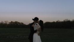 bohemian-wedding-at-white-sparrow-barn-texas
