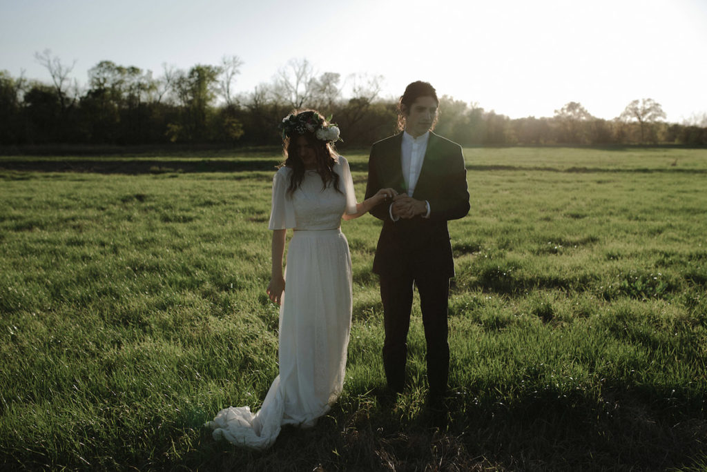 gorgeous-bride-and-her-groom-wed-at-the-white-sparrow-barn-in-texas