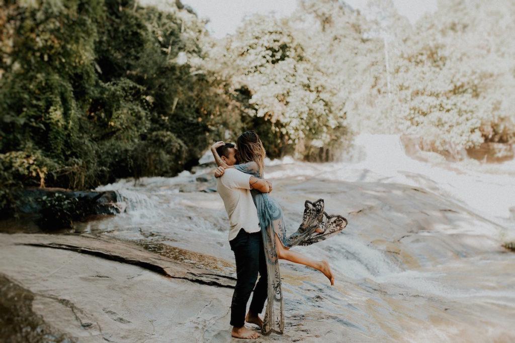 california-based-adventurous-wedding-photographer-anni-graham