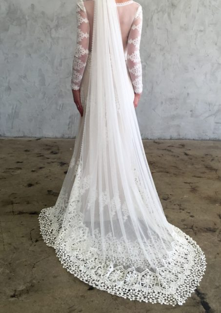 Julia-off-white-mesh-netting-veil-withboho-crochet-trim